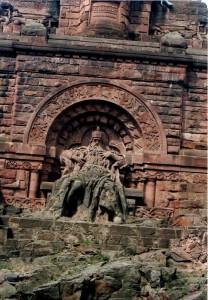 1998 monument de Barberousse